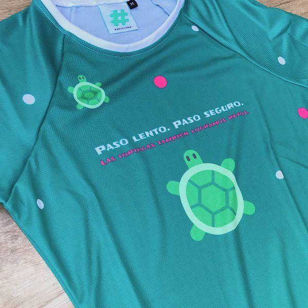 Camiseta manga larga tortuga #elartedecorrer delante zoom