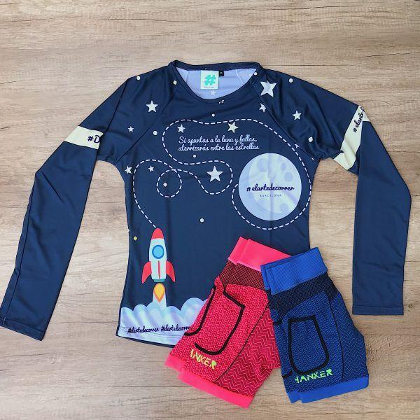 Camiseta técnica manga larga apunta a la luna, parte delantera, outfit con mallas Hanker-Sports