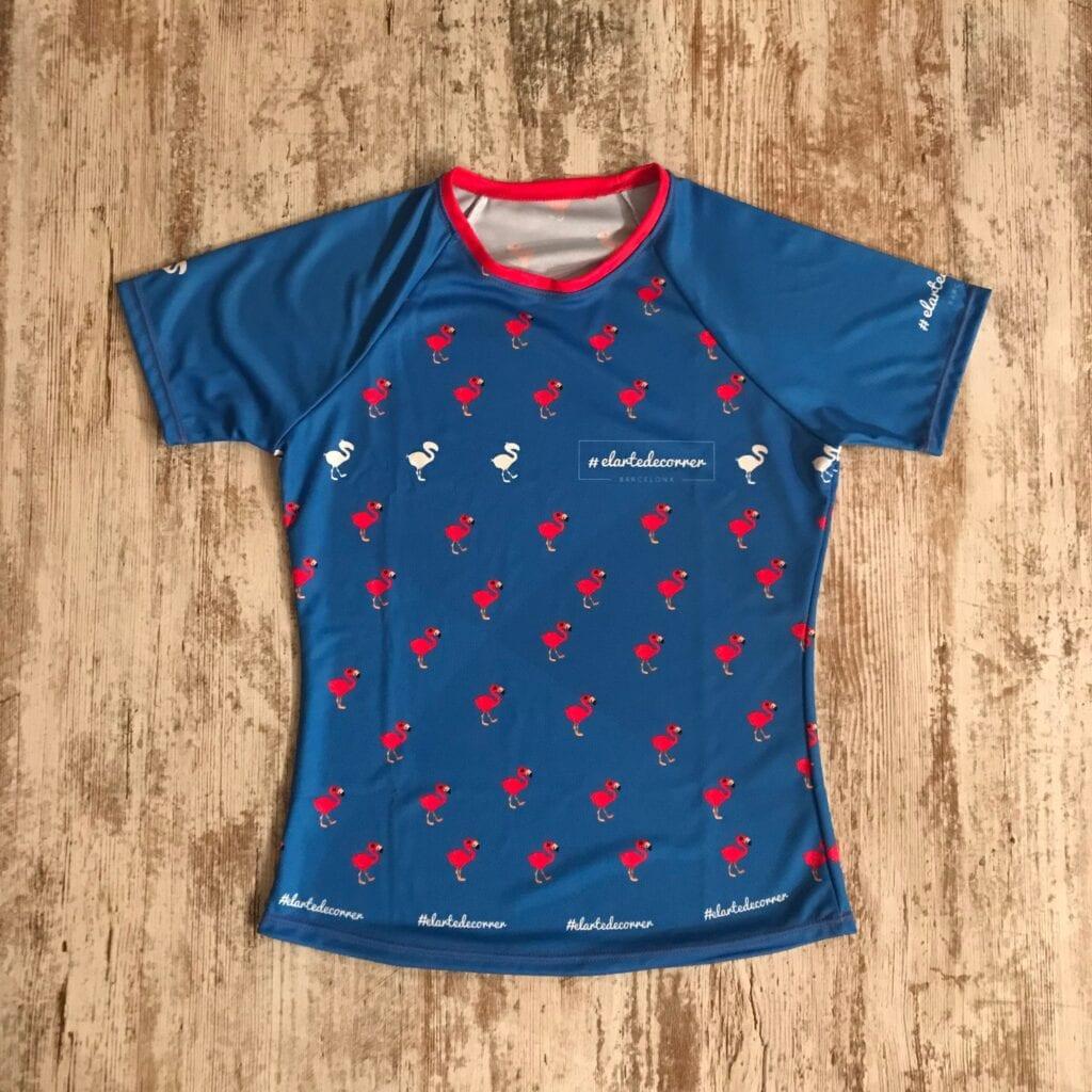 Camiseta running flamencos repetidos azul 1