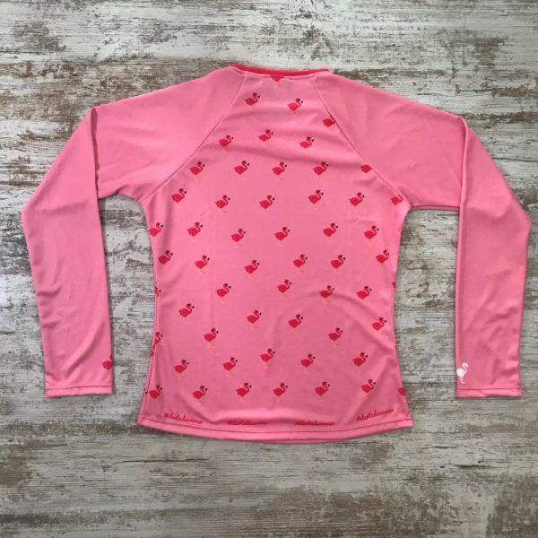 Camiseta parte posterior flamenco rosa de #elartedecorrer. Se ven flamencos repetidos.