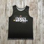 """Camiseta pacman comecocos gris oscuro y con la palabra """"Run y nada más"""" unisex"""