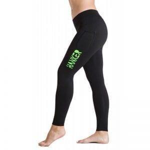 Malla larga negra con el logotipo Hanker-Sports en verde en el lateral de la pierna